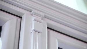 arochnoe okno softline 70 s dekorativnymi elementami 1 Ялта окна VEKA - изготовление и установка окон и дверей