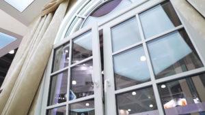 arochnoe okno softline 70 s dekorativnymi elementami 6 Ялта окна VEKA - изготовление и установка окон и дверей