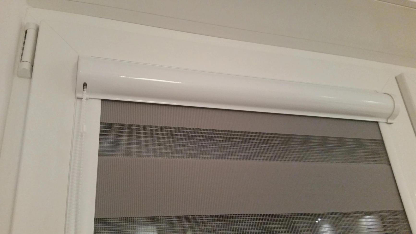 rolletnye moskitnye setki na dveri Ялта окна VEKA - изготовление и установка окон и дверей