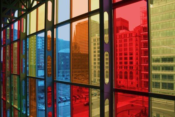 tonirovannyie stekla e1623041216686 Ялта окна VEKA - изготовление и установка окон и дверей